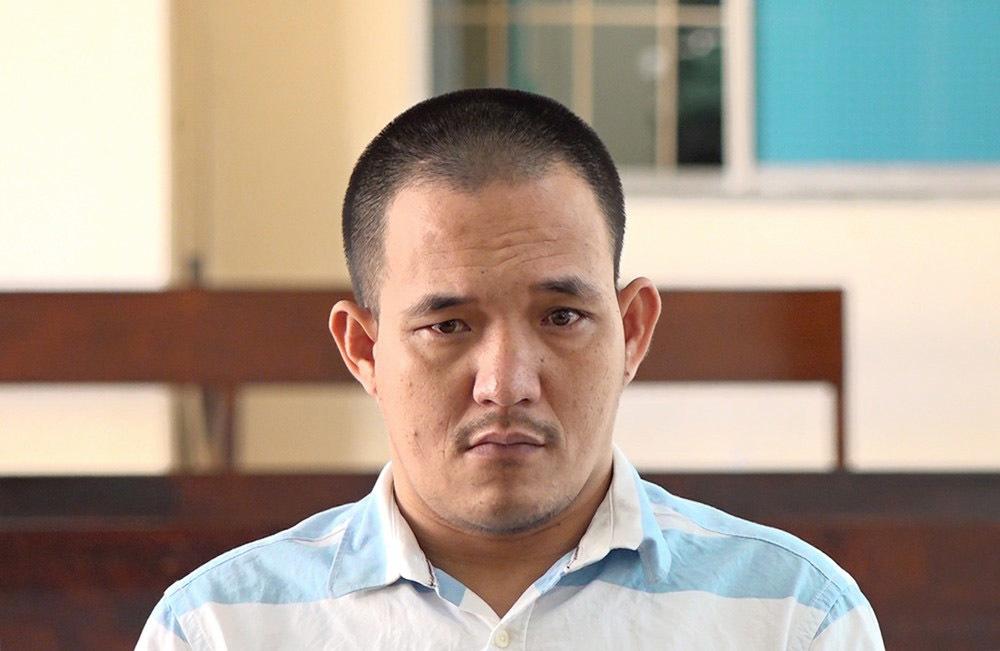 Gã đàn ông nhiều lần xâm hại bé gái bán vé số lãnh án tù chung thân
