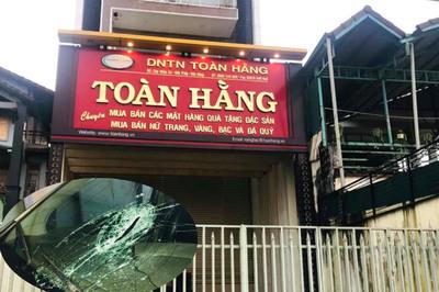 Chủ tịch xã khống chế tên cướp tiệm vàng ở Đắk Nông