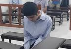 Gã trai cứa đứt cổ lái xe taxi ở Hà Nội, cướp tài sản
