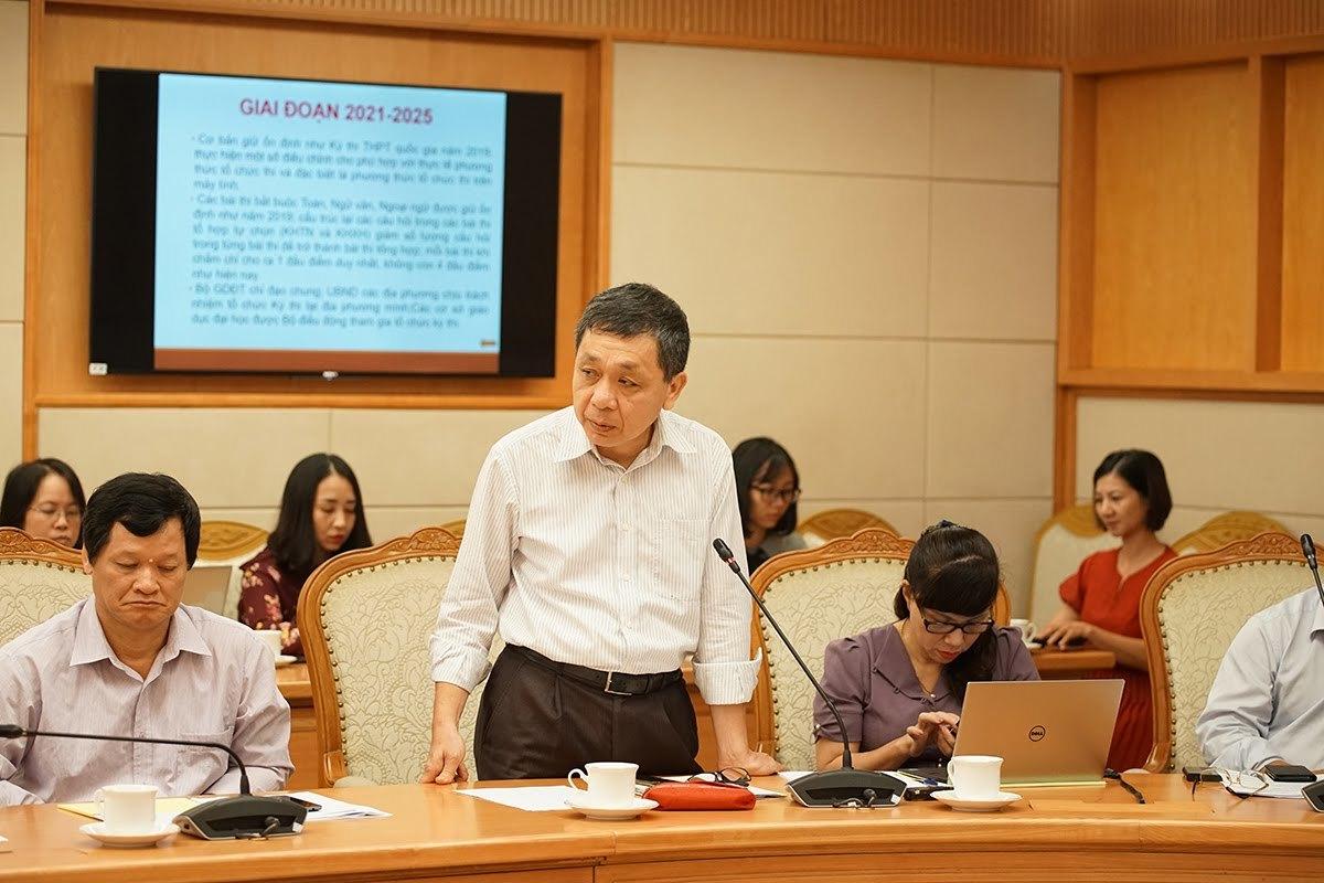 'Không trì hoãn lộ trình thi THPT quốc gia trên máy tính'
