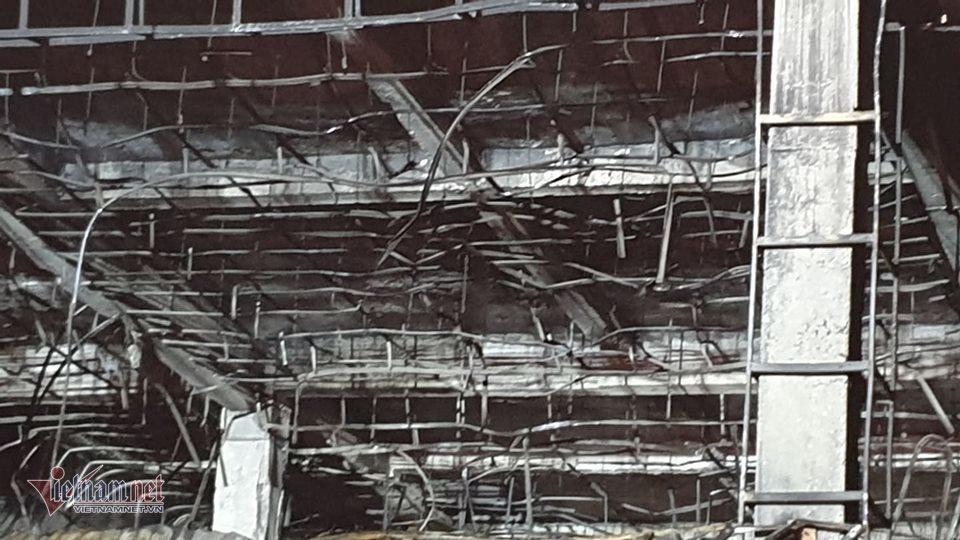 Chủ trung tâm điện máy lớn nhất Hải Phòng thẫn thờ nhìn tài sản hóa than