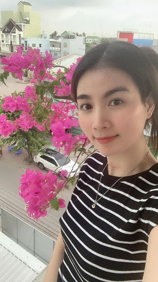 Vườn rau sạch trên sân thượng nhà vợ chồng Kha Ly - Thanh Duy