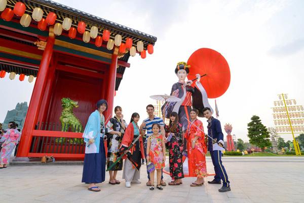 Cư dân Vinhomes Smart City ngỡ ngàng trải nghiệm vườn Nhật Bản trước khi nhận bàn giao