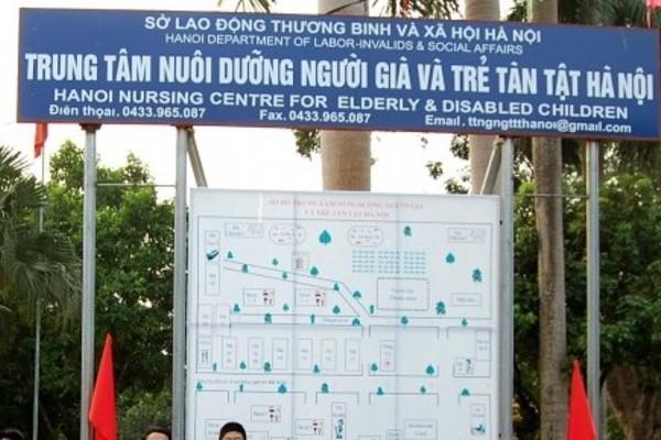 Chủ tịch HN yêu cầu làm rõ việc cán bộ nhân đạo ăn chặn hàng từ thiện