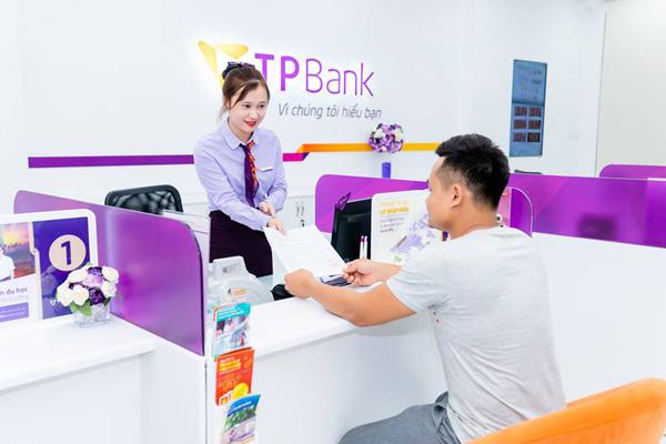 Enterprise Asia trao giải thưởng kép cho TPBank và doanh nhân Đỗ Minh Phú
