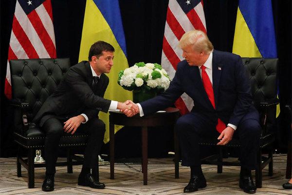Thêm tiết lộ bất ngờ của Tổng thống Ukraina về điện đàm với ông Trump
