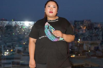 Mẫu nữ nặng 140 kg đi casting thời trang