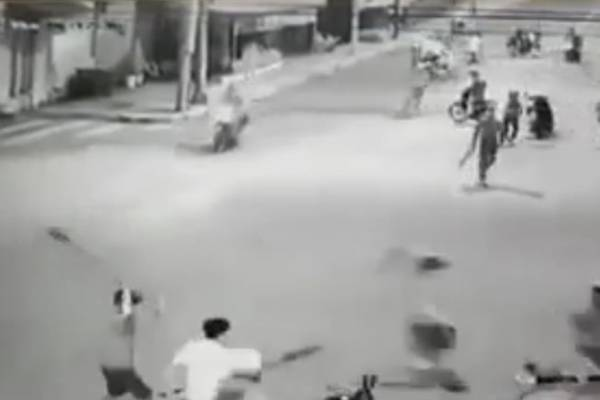 Nhóm thanh niên cầm mã tấu bao vây, đuổi chém dân phòng ở Đồng Nai