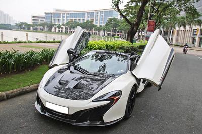 Dân chơi Sài Gòn độ ống xả 300 triệu cho McLaren 650S Spider