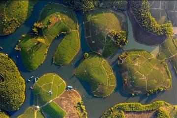 Việt Nam đẹp mê hoặc từ trên cao