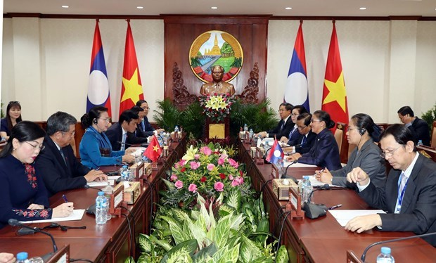 Vietnamese NA Chairwoman visits Laos