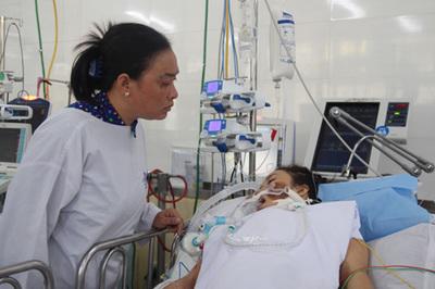 Chồng mất vì ung thư, vợ viêm cơ tim nguy kịch không tiền điều trị