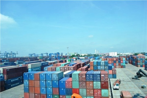 More than 9,200 scrap containers stuck at Vietnamese ports