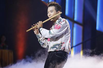 Hot boy 9X và sứ mệnh gìn giữ giá trị nhạc dân tộc