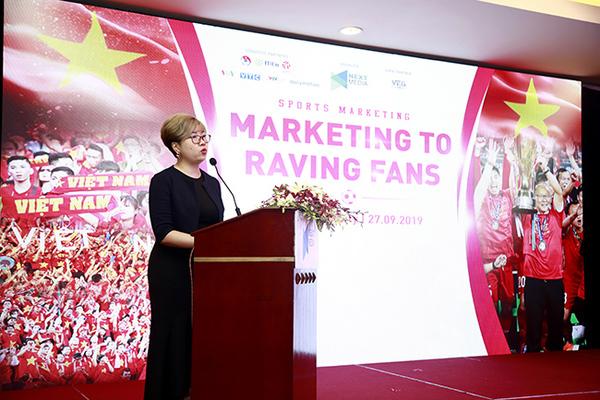 """""""Sếp"""" Bundesliga đến Việt Nam nói chuyện bóng đá"""