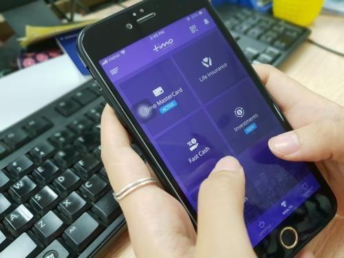 Huge challenges awaiting Vietnam's digital banking