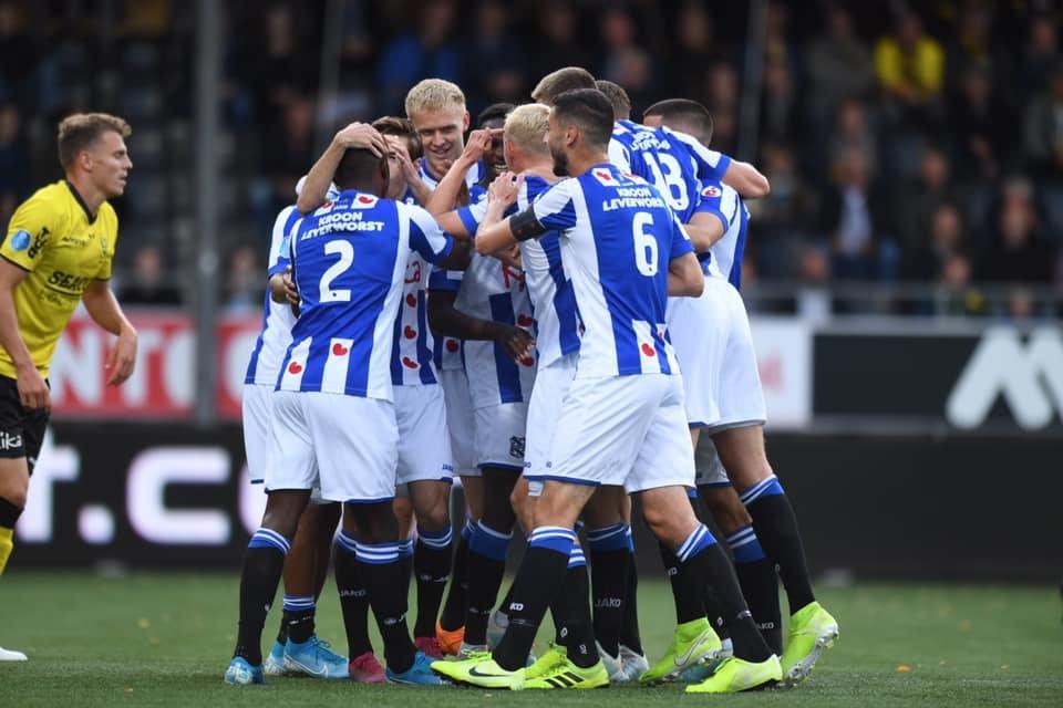 Văn Hậu dự bị, Heerenveen đại thắng sân khách
