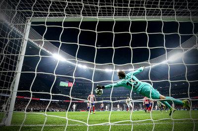 Oblak xuất thần, Atletico cầm hòa Real Madrid