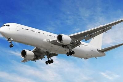 Tại sao hầu hết máy bay được sơn màu trắng?