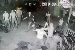 Thu cả kho vũ khí 'nóng' vụ côn đồ chém công an ở Kom Tum
