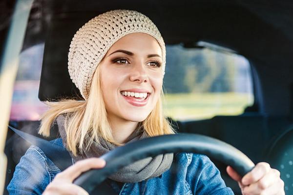 Phụ nữ lái ôtô tập trung hơn đàn ông?