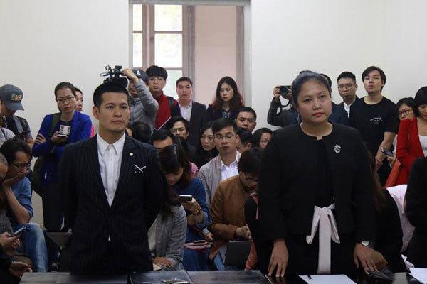 Chủ sở hữu 'Tinh hoa Bắc bộ' kiện Việt Tú, đạo diễn Hoàng Nhật Nam mong có mặt