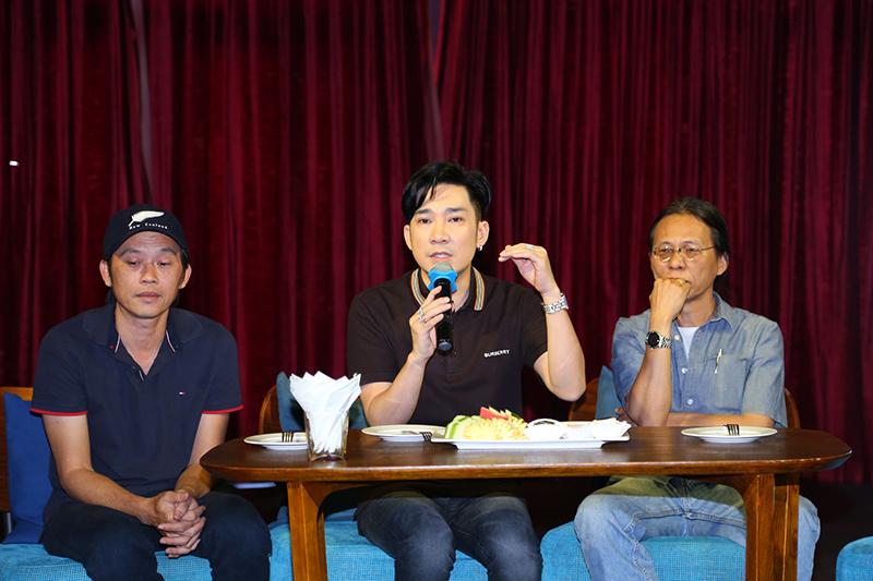 Sau vụ cháy, Hoài Linh thấy thương Quang Hà và các nhạc công vô cùng