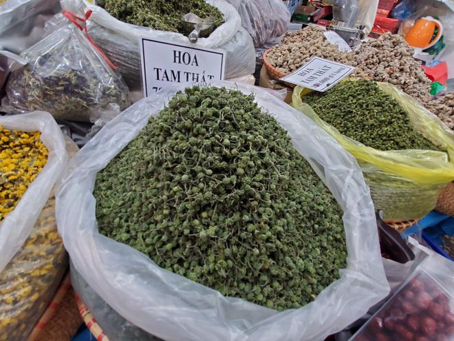 Hoa tam thất hàng hiếm rao giá bạc triệu vẫn được săn đón