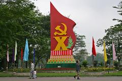 Ba giải pháp lớn tiếp tục đổi mới phương thức cầm quyền của Đảng
