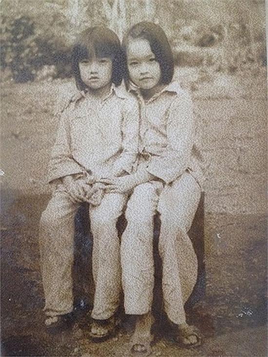 Bất ngờ về hình ảnh thời thơ ấu và thiếu nữ của danh hài Vân Dung