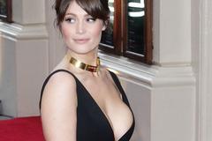 Bondgirl nóng bỏng góp mặt trong tiền truyện của mật vụ Kingsman
