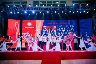 ĐH Đại Nam đón tân sinh viên bằng đại tiệc âm nhạc