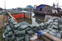 Vì sao bờ bao 30m vỡ toang trước đợt triều cường lịch sử ở Sài Gòn
