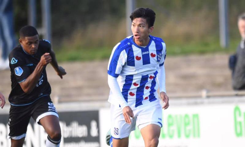 Văn Hậu đá chính 90 phút giúp Heerenveen có điểm