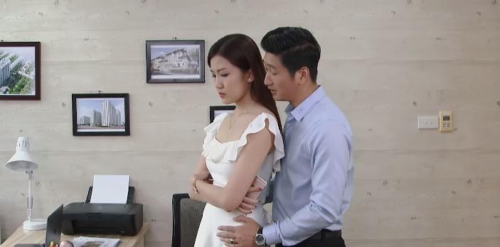 'Hoa hồng trên ngực trái' tập 17, Thái hứa cho Khuê 350 triệu cứu em nếu đồng ý ly hôn