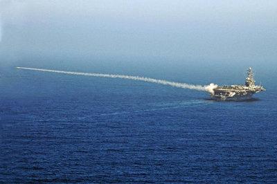 Hải quân Mỹ có 'hạ gục' nổi Iran?