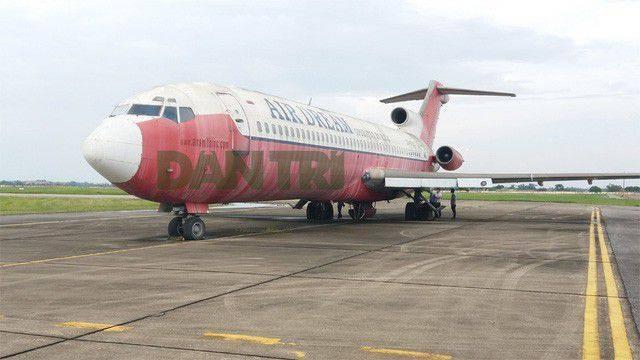 Có hay không chuyện đổi bánh, kẹo lấy máy bay Boeing 727 ở Nội Bài?