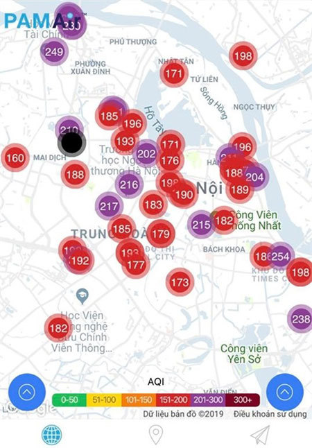 Air pollution in Hanoi exceeds red-warning level