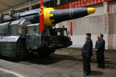 Cố vấn an ninh bị ông Trump sa thải cảnh báo về Triều Tiên