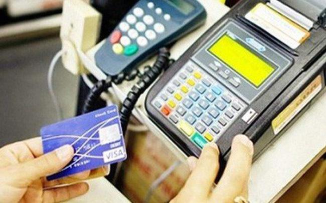 thẻ tín dụng,nhân viên nhà hàng,mua hàng online