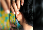 Giáo viên Malaysia dập ghim vào tai học sinh lớp 4 vì không làm bài tập về nhà