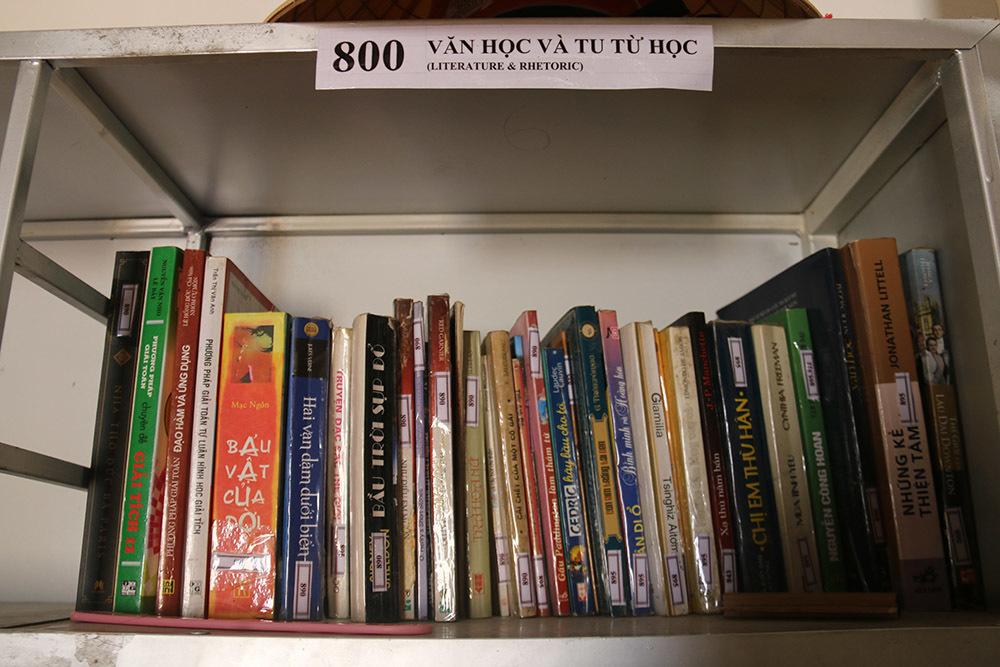 Bỏ tiền túi xây thư viện miễn phí giúp nông dân có kiến thức, tự lực vươn lên