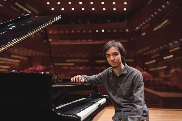 Hungarian pianist Adam Balogh to perform at HCM City conservatory