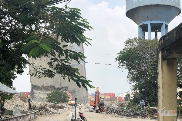 pha-do-nha-may-xi-mang-ha-tien-xay-khu-do-thi-moi-1 Phá dỡ nhà máy xi măng Hà Tiên xây khu đô thị mới
