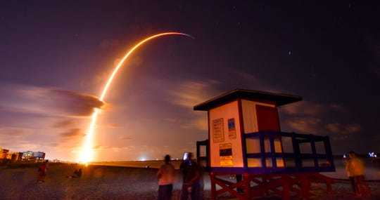 Internet,Amazon,SpaceX