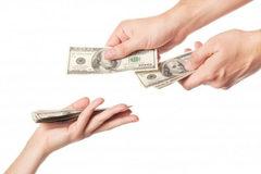 Khách hàng mất tiền tỷ vì bị cán bộ ngân hàng lừa ngoạn mục