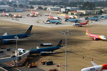 Airlines argue about airfare listings