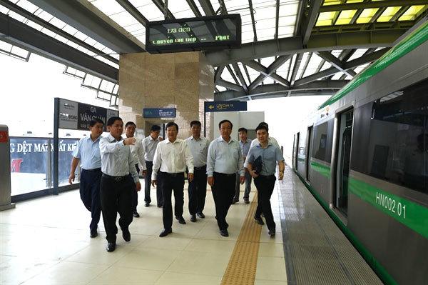 Cat Linh-Ha Dong railway must run this year: Deputy PM
