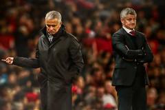 Solskjaer kém hơn Mourinho, MU sa thải đi thôi!