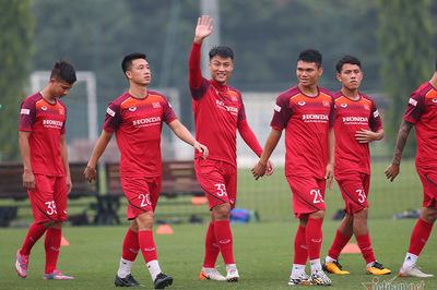 Danh sách tuyển Việt Nam đấu Malaysia: Loại Mạc Hồng Quân, Huy Toàn
